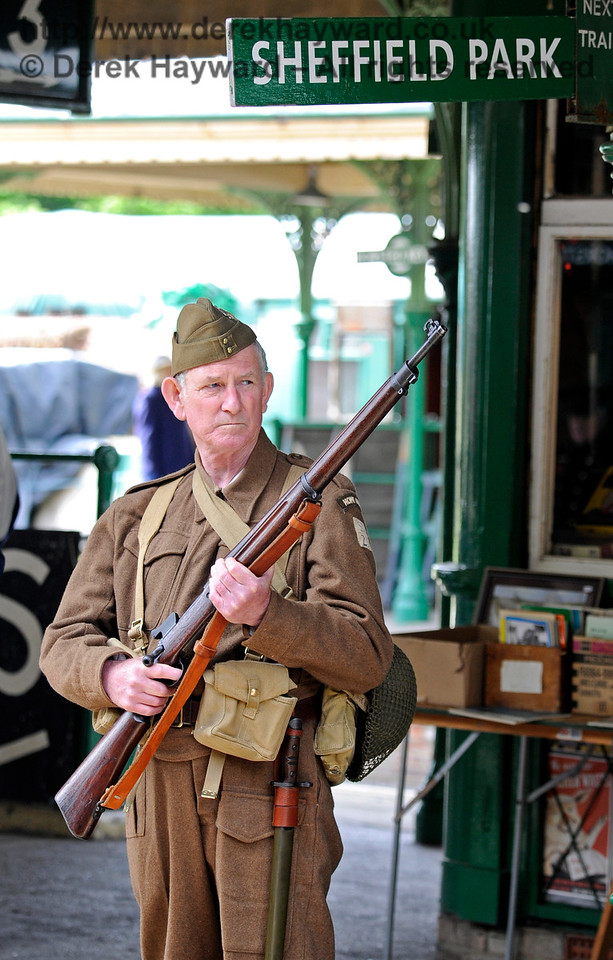 Southern at War, Horsted Keynes,  09.05.2015  10895