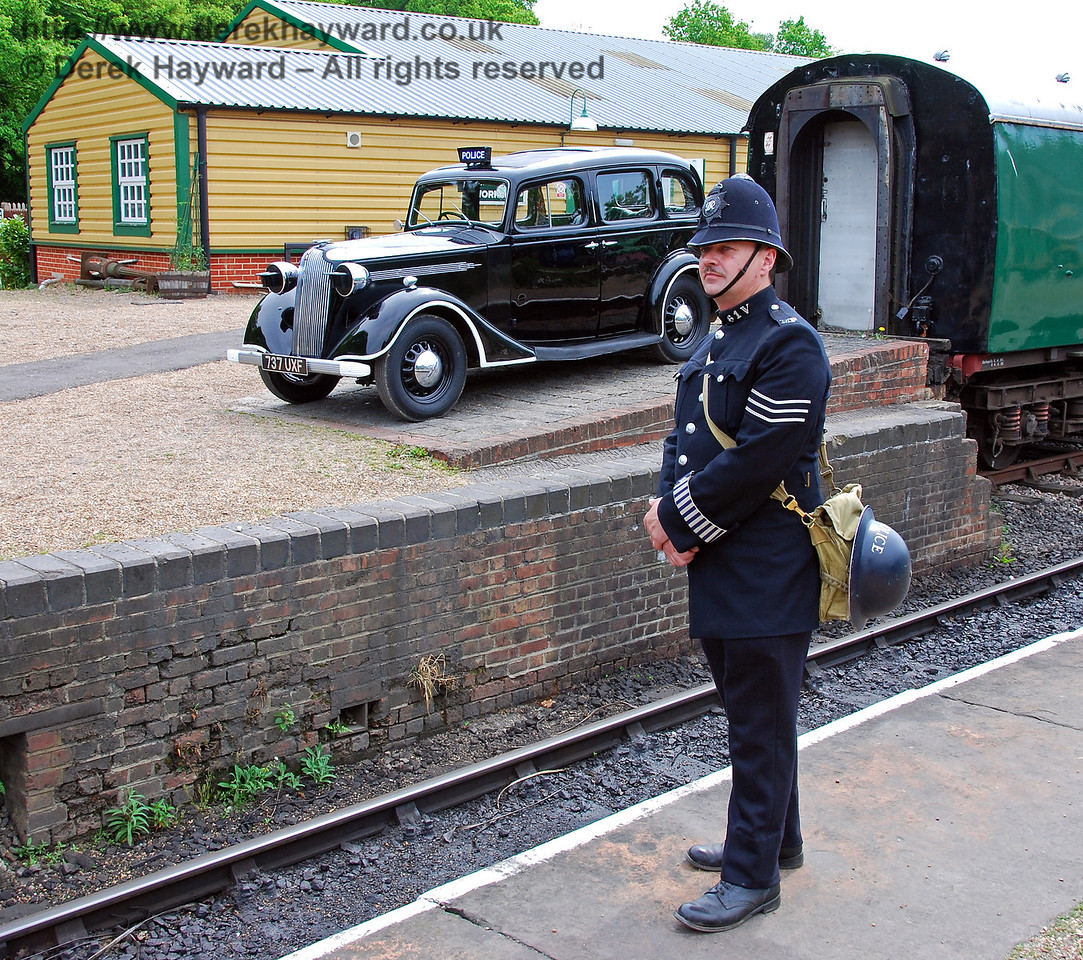 The constabulary were available to keep order at Horsted Keynes. 10.05.2008