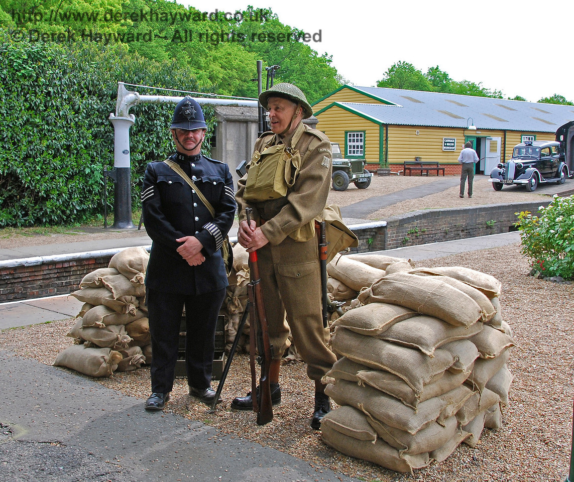 Civil and military authorities at Horsted Keynes. 10.05.2008