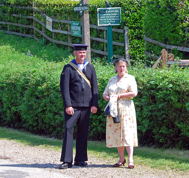 A sailor and his lady. Horsted Keynes 11.05.2008