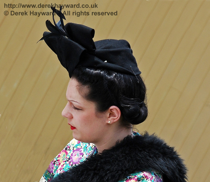 An elegant lady at Kingscote. 10.05.2008