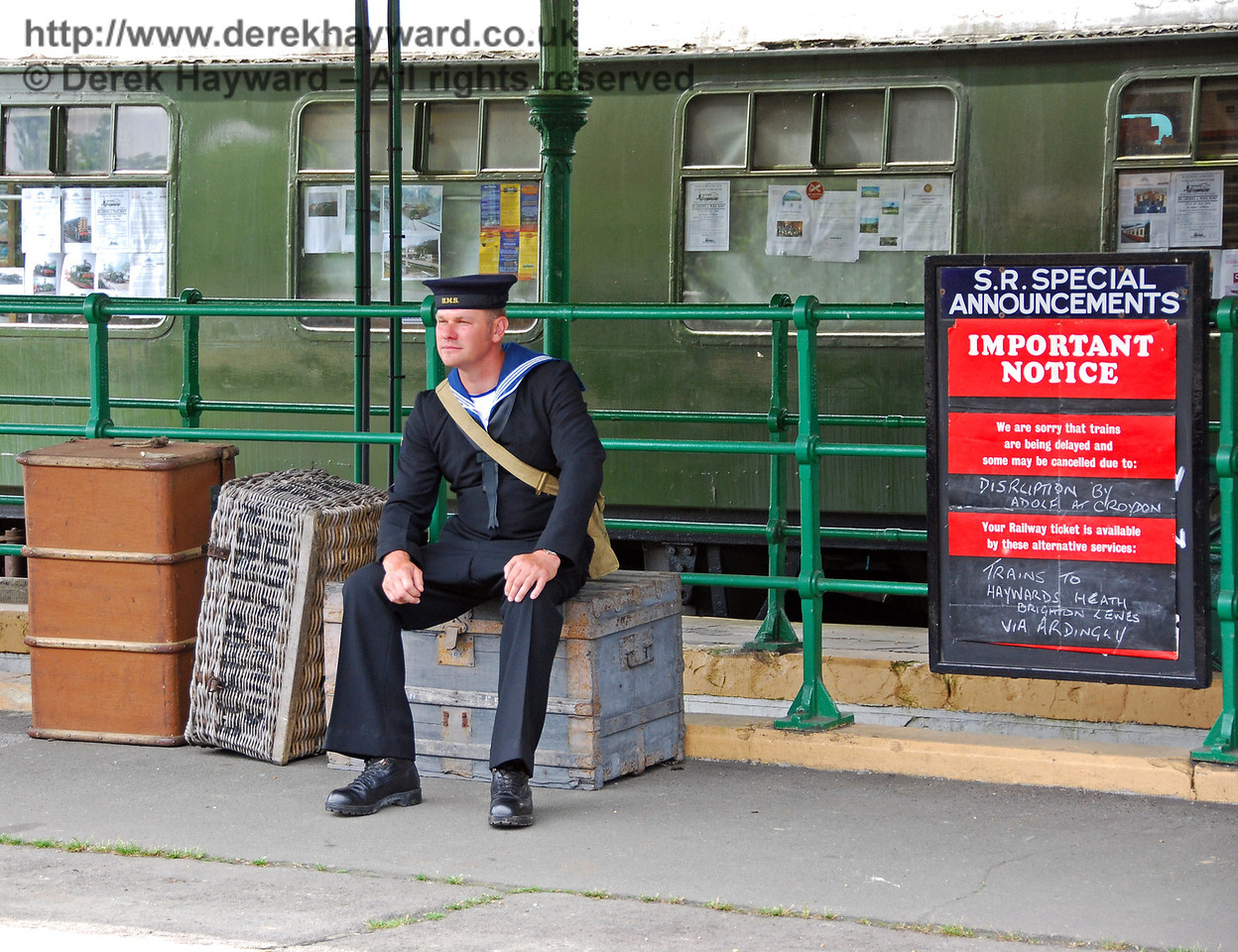 Waiting for the intensive train service (which was somewhat affected by wartime action). Horsted Keynes 10.05.2008