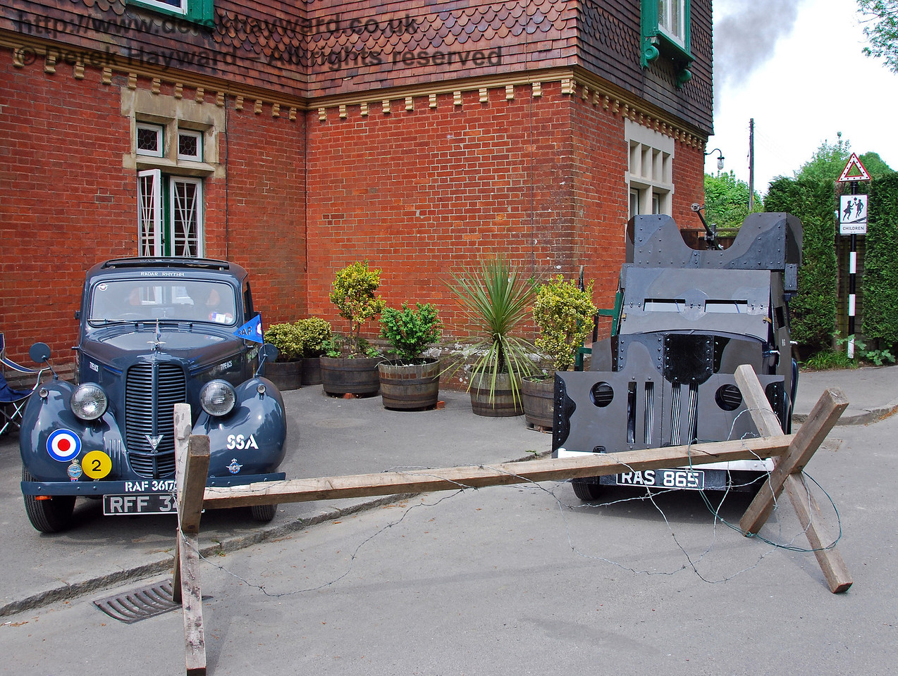 Wartime vehicles outside Horsted Keynes. 10.05.2008