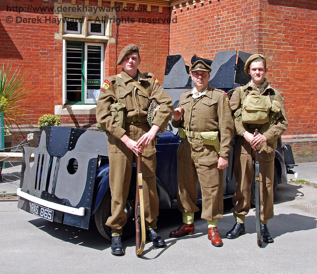 A smart turn-out in front of the armoured car. Horsted Keynes 09.05.2009