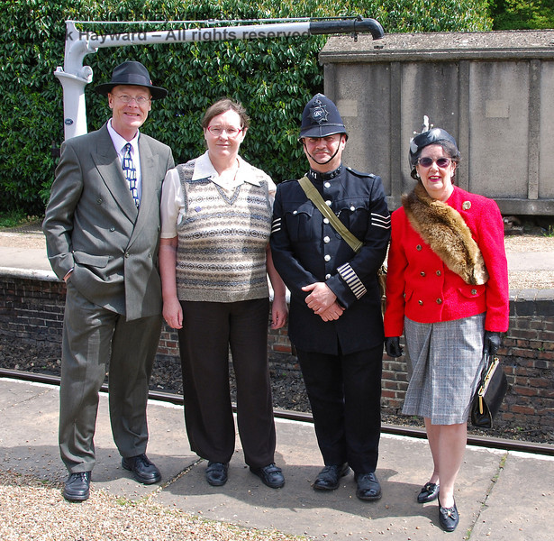 A wartime group at Horsted Keynes. 09.05.2009