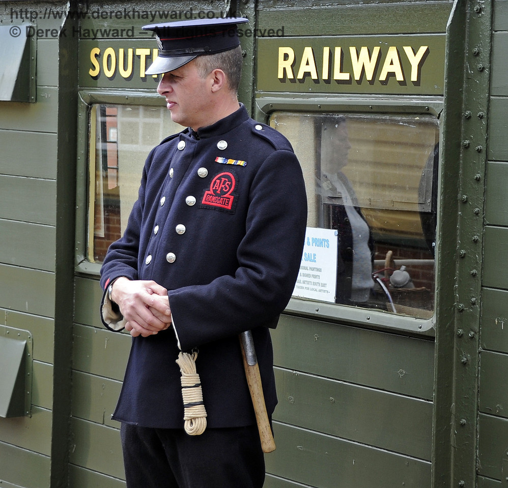Southern at War, Horsted Keynes 13.05.2012  4763