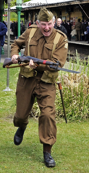 Southern at War, Horsted Keynes, 12.05.2013  6950