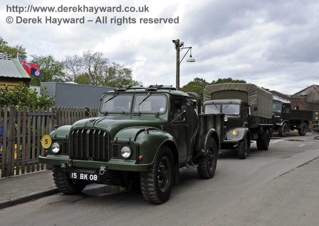 Southern at War, Horsted Keynes, 11.05.2013  6788