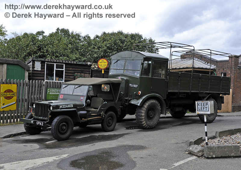 Southern at War, Horsted Keynes, 11.05.2013  6786
