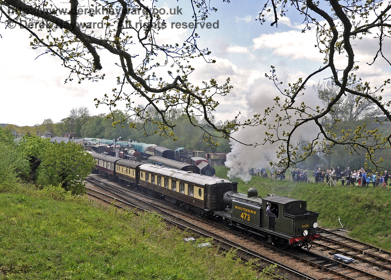 B473 leaves Horsted Keynes with the Pullman.  Southern at War, 12.05.2013  6943