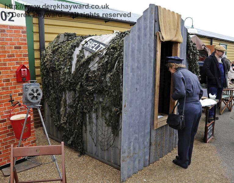 Air Raid shelter.  Southern at War, Horsted Keynes, 12.05.2013  7019