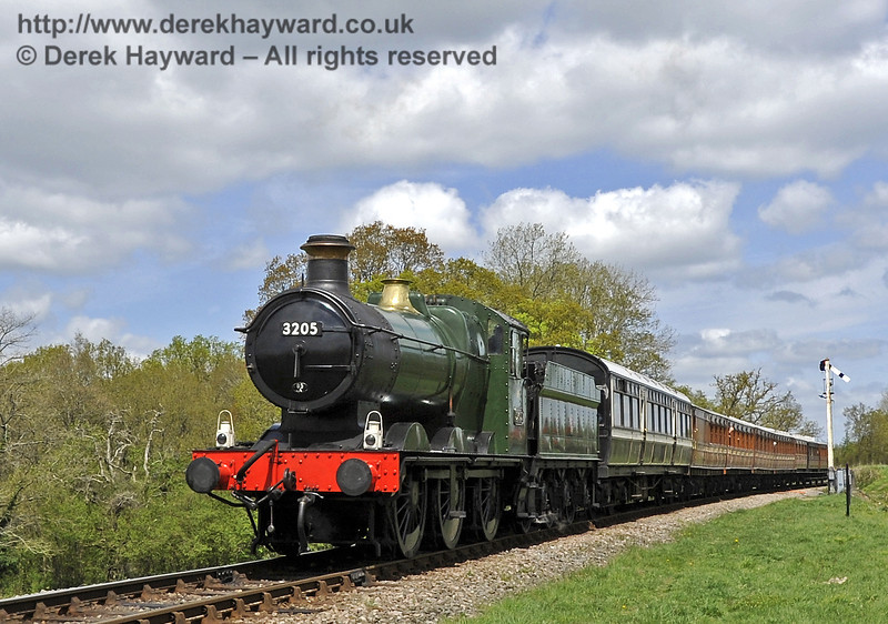 3205 steams towards Three Arch Bridge.  Southern at War, 12.05.2013  6903