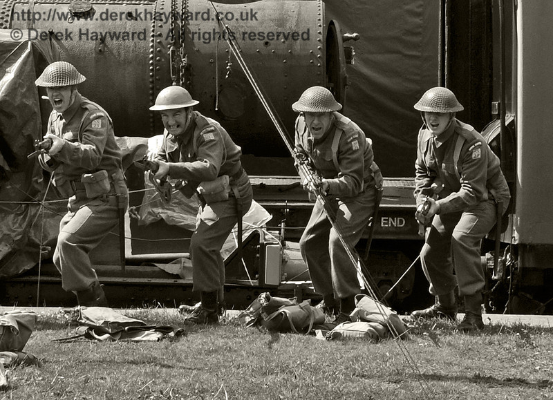 Southern at War, Horsted Keynes, 11.05.2014  10435/E2