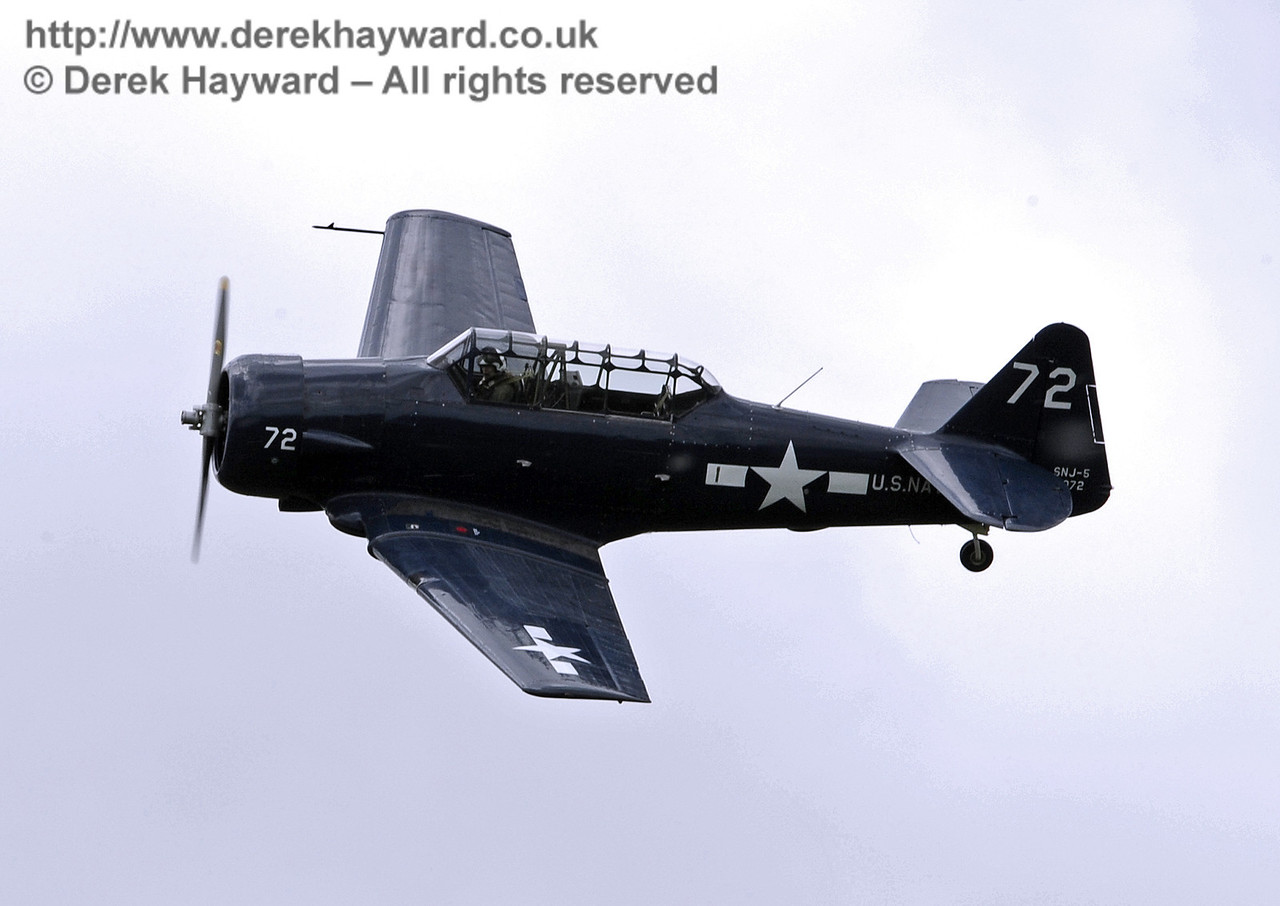 US Navy T-6 Harvard.  Southern at War, Horsted Keynes, 11.05.2014  9178