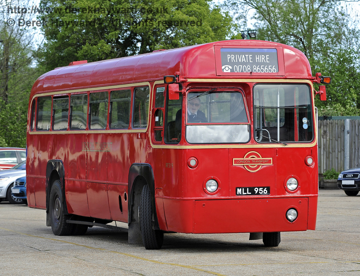 RF319 was visiting on private hire. Southern at War, Sheffield Park, 11.05.2014  9269