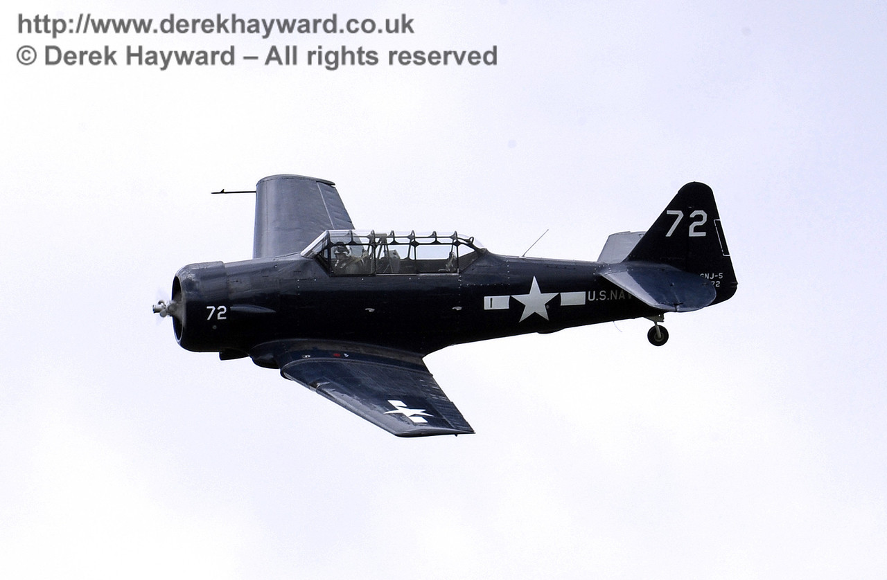 US Navy T-6 Harvard.  Southern at War, Horsted Keynes, 11.05.2014  9176