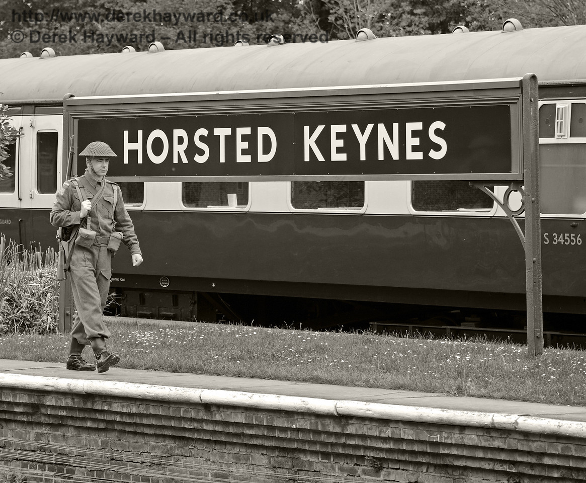 Southern at War, Horsted Keynes, 11.05.2014  9089