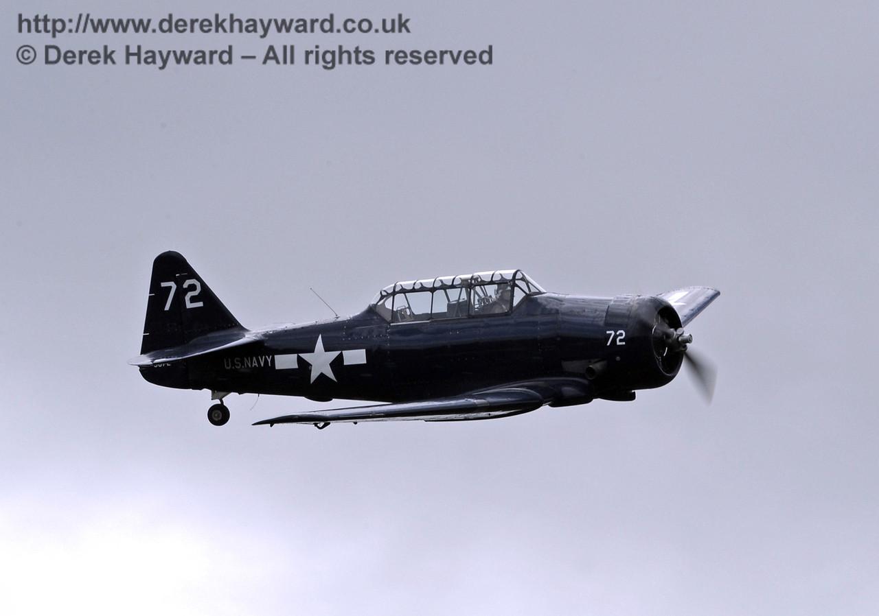US Navy T-6 Harvard.  Southern at War, Horsted Keynes, 11.05.2014  9185