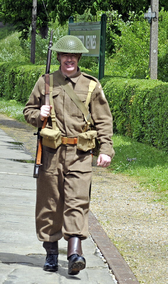 Southern at War, Horsted Keynes, 10.05.2014  8951