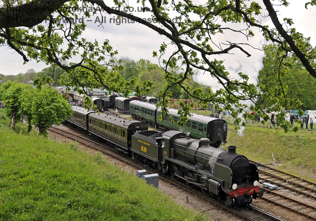 1638 steams north with a service train.  Southern at War, Horsted Keynes, 10.05.2014  10325