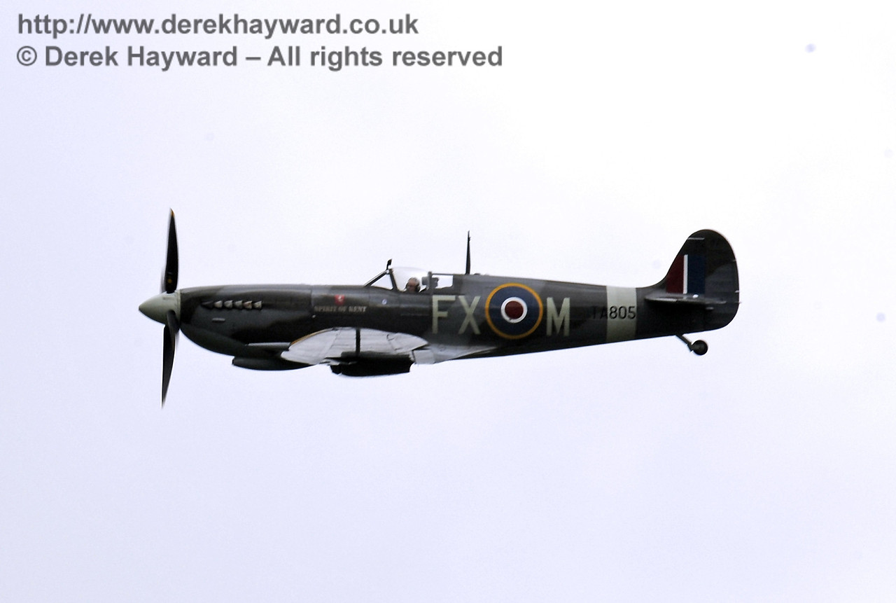 1944-built Spitfire HF MkIX, TA 80.  Southern at War, Horsted Keynes, 10.05.2014  9008
