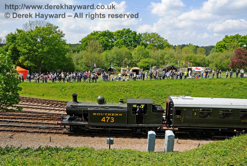 B473 passing the events field.  Southern at War, Horsted Keynes, 15.05.2016  15246