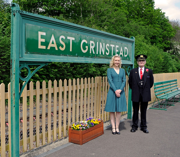 Rose Lancaster, the Vintage Vocalist, with the Station Master at East Grinstead.  Southern at War,  14.05.2016  15161