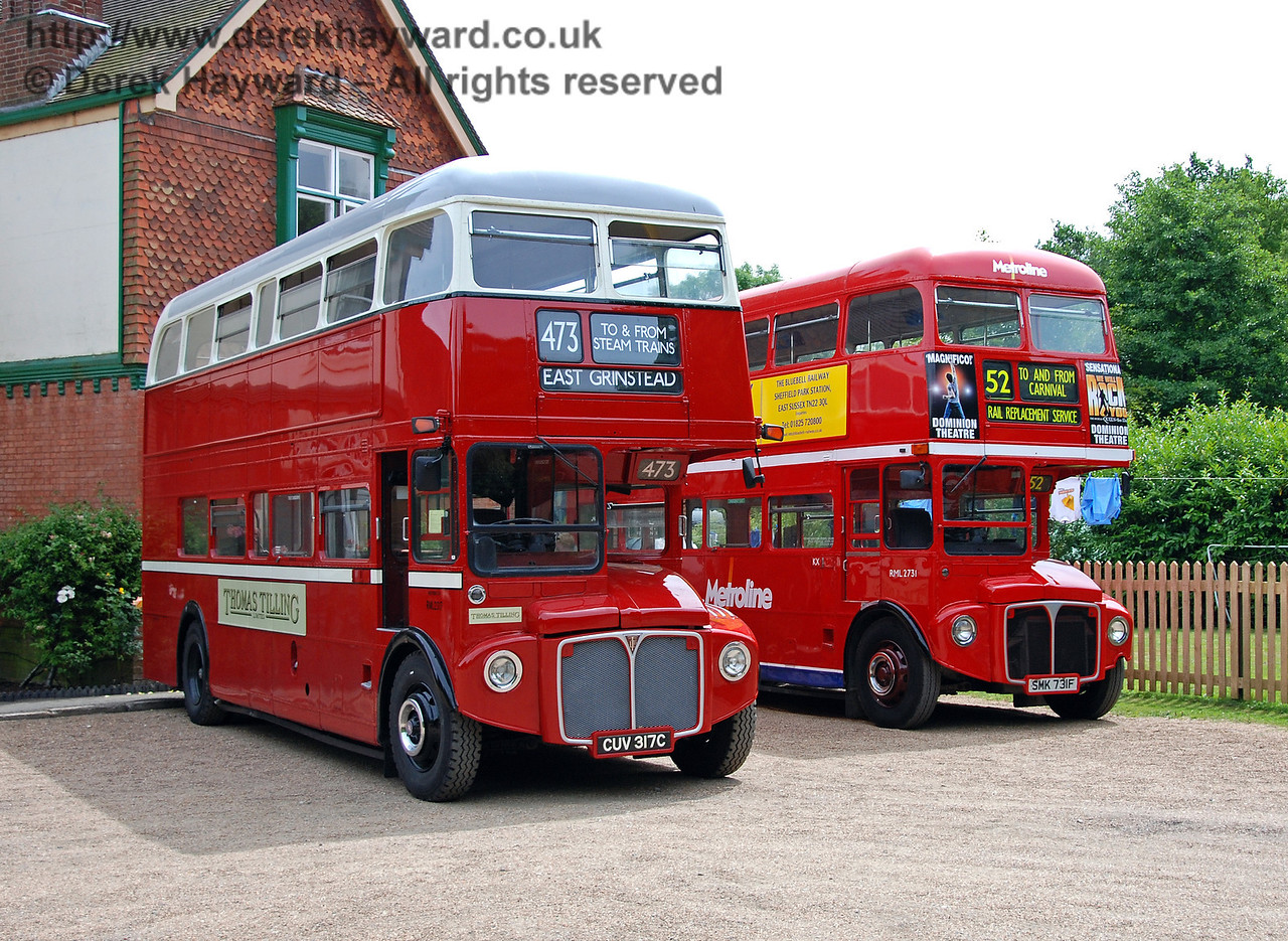 Buses, Kingscote, 28.06.2009