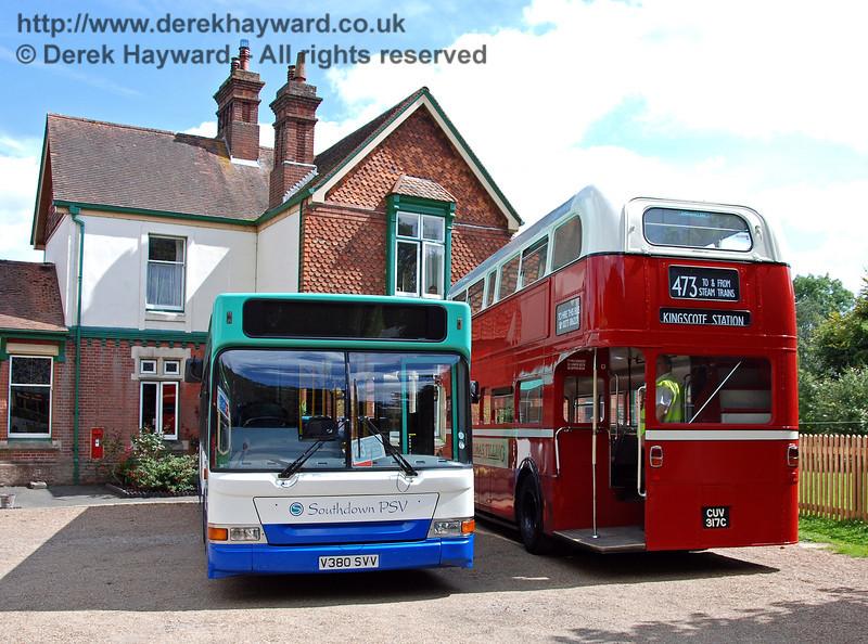 Bus Running Day, Kingscote, 16.08.2009