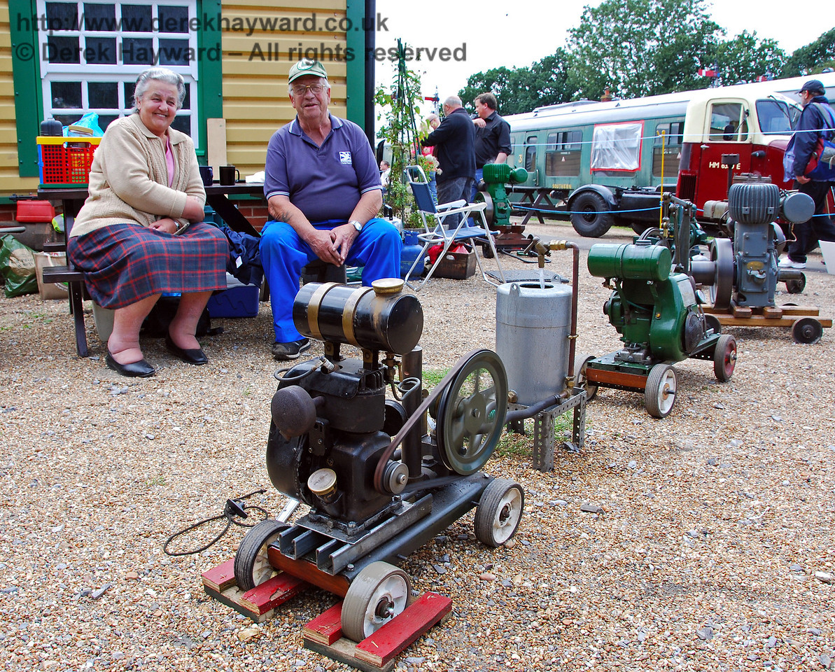 Stationary engines and their owners at Horsted Keynes. 16.08.2008
