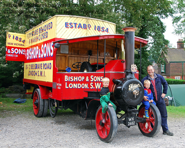 The eventual winner in the traction engine category (pictured before the result was known). Horsted Keynes 15.08.2009