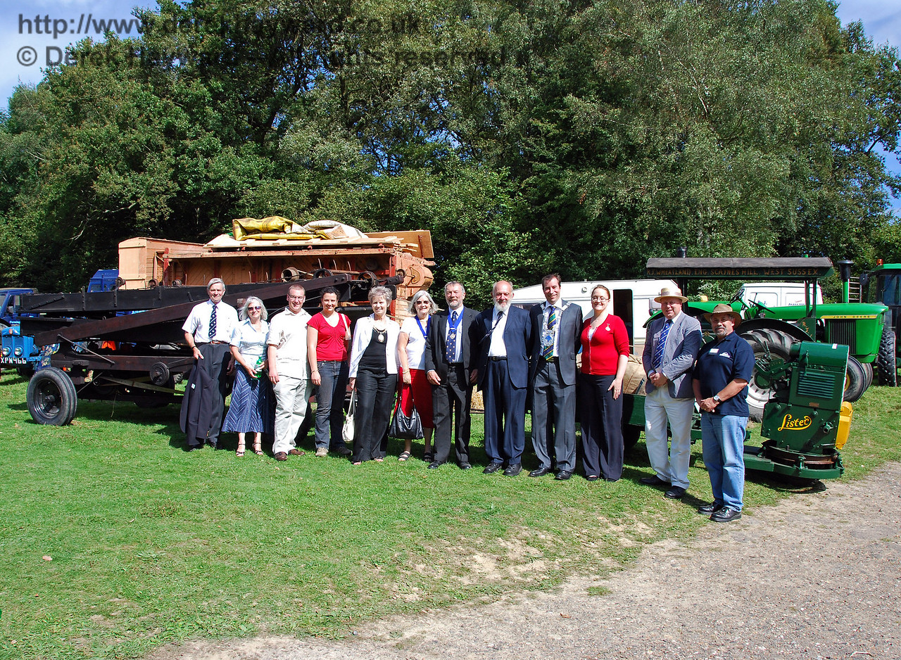 The winning item in the farm machinery category, a Lister, was a long vehicle, which was fortunate as it formed a background for a long line of judges. Bill Brophy (Chairman of the Bluebell Railway Trust), Val Wall (Bluebell Railway), Andrew Jarvis (Stagecoach Operations Director), Sarah Jarvis, Councillor Margaret Baker (Mayor of Haywards Heath), Anne Turner (Deputy Mayoress of Lewes), Councillor Dr Michael Turner (Deputy Mayor of Lewes), Dave Phillips (Bluebell Railway), Councillor Lee Marmara (Mayor of East Grinstead), Emma Marmara (Mayoress of East Grinstead), Tim Baker (Bluebell Railway Commercial Director), and last (but not least) Steve Everest (Event Organiser). Horsted Keynes 16.08.2009