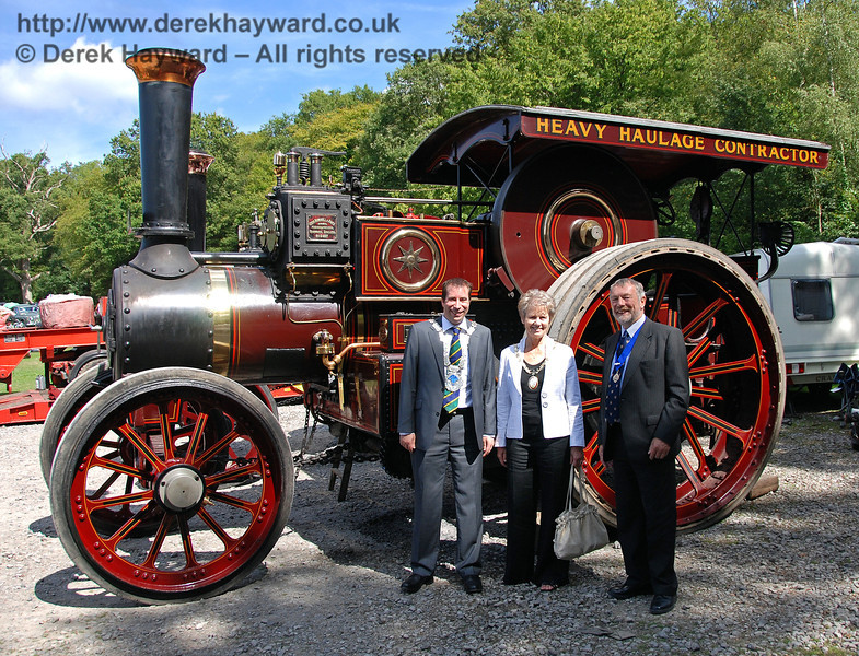 Councillor Lee Marmara (Mayor of East Grinstead), Councillor Margaret Baker (Mayor of Haywards Heath) and Councillor Dr Michael Turner (Deputy Mayor of Lewes) pause during the judging of the traction engines. Horsted Keynes 16.08.2009