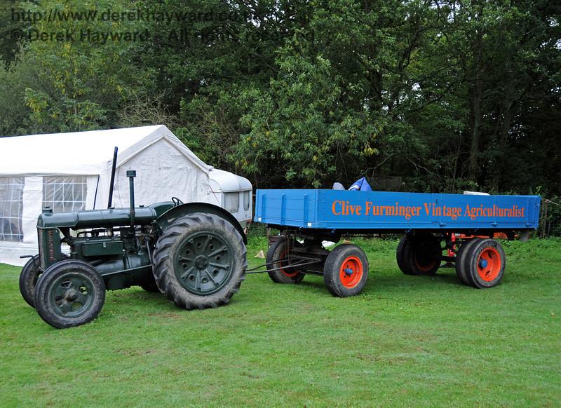 Agricultural vehicles at Horsted Keynes 21.08.2010  4177