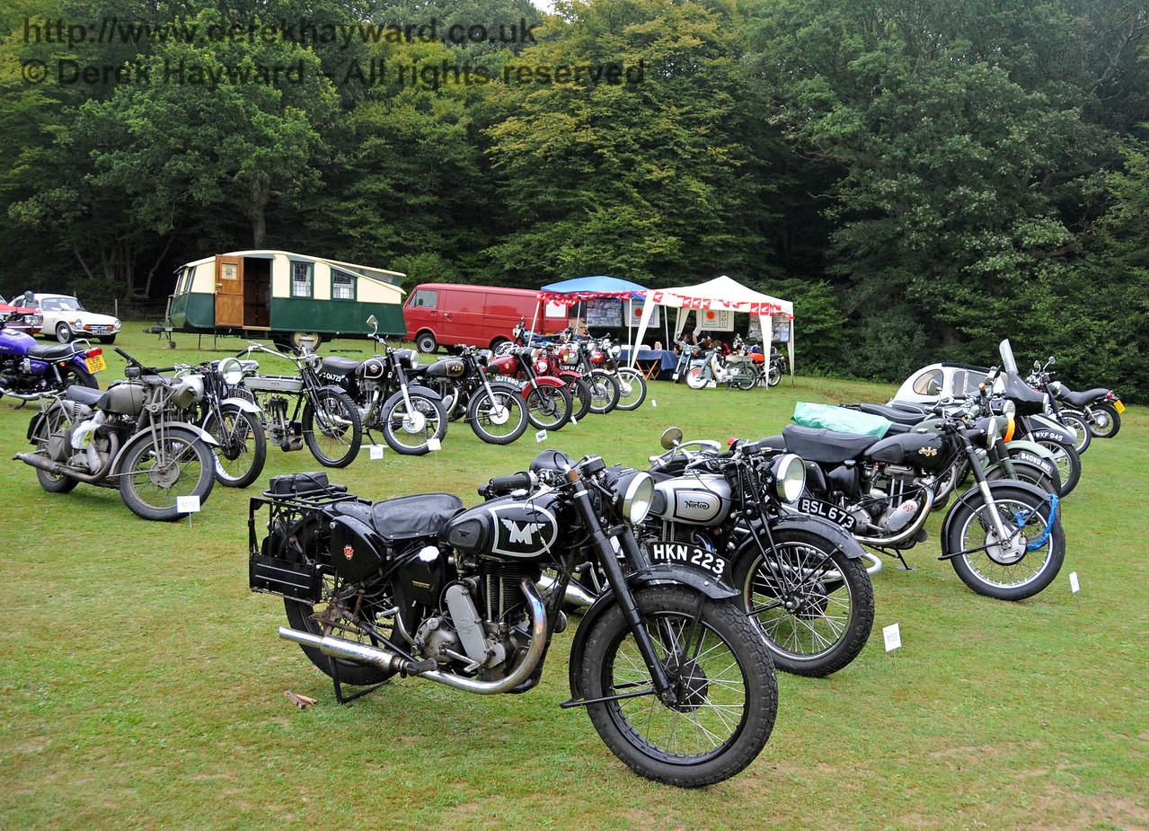 An impressive display of bikes at Horsted Keynes 21.08.2010  4137