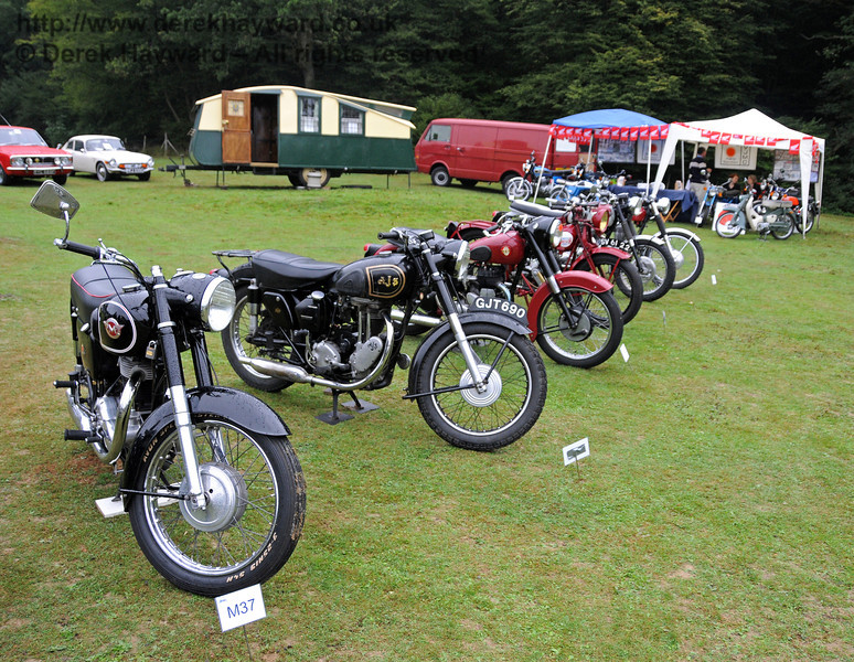 A further display of motorbikes. Horsted Keynes 21.08.2010  4130