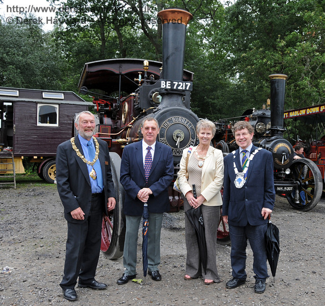 Councillor Dr Michael Turner (Mayor of Lewes), David Rossiter (Stagecoach Buses), Councillor Margaret Baker (Mayor of Haywards Heath), and Councillor Steve Barnett (Mayor of East Grinstead) pose in front of traction engine Lord Roberts (BE7217) before the votes were counted. The engine subsequently won best overall exhibit. Horsted Keynes 22.08.2010  4315