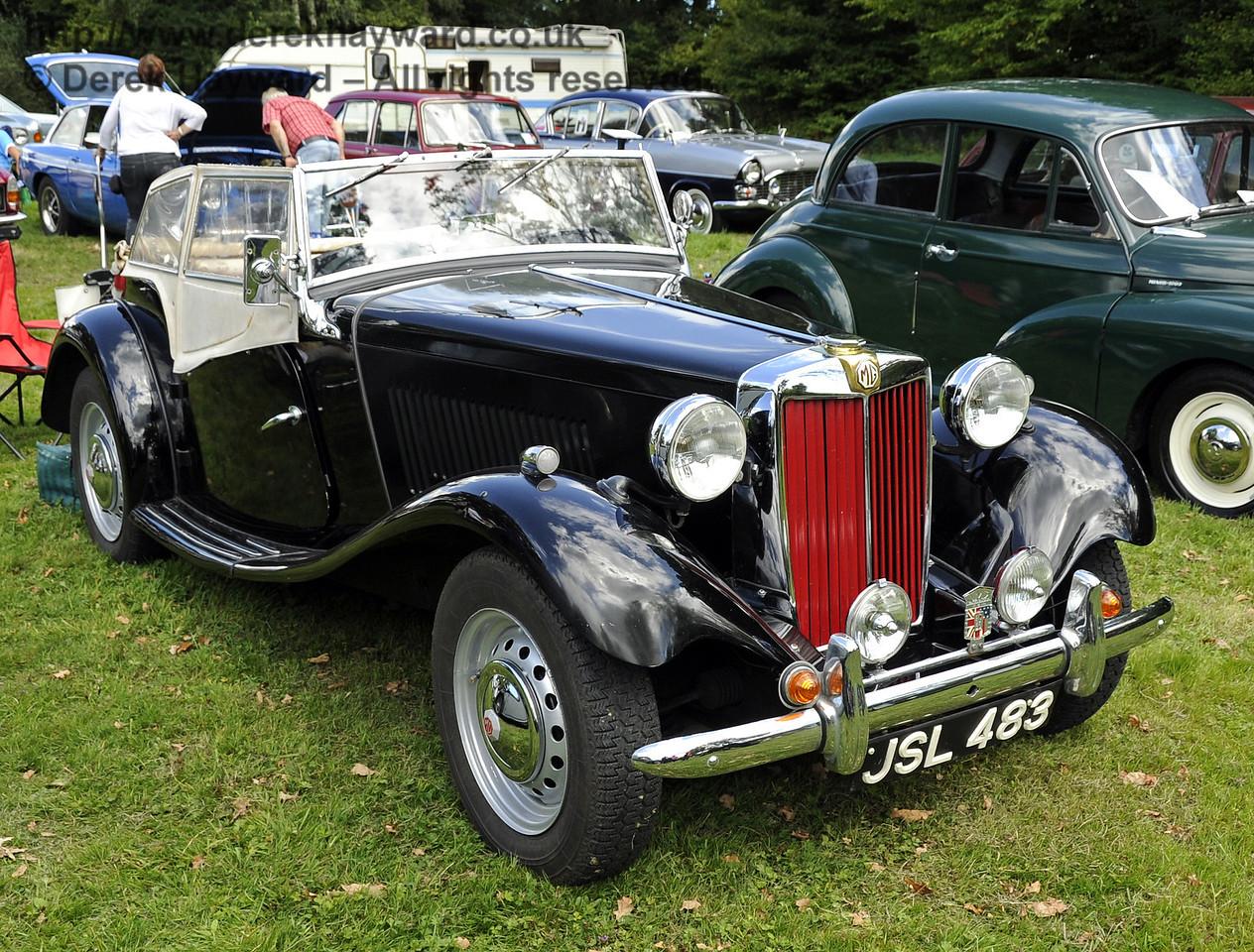 Vintage Cars HK 140811 2587 E