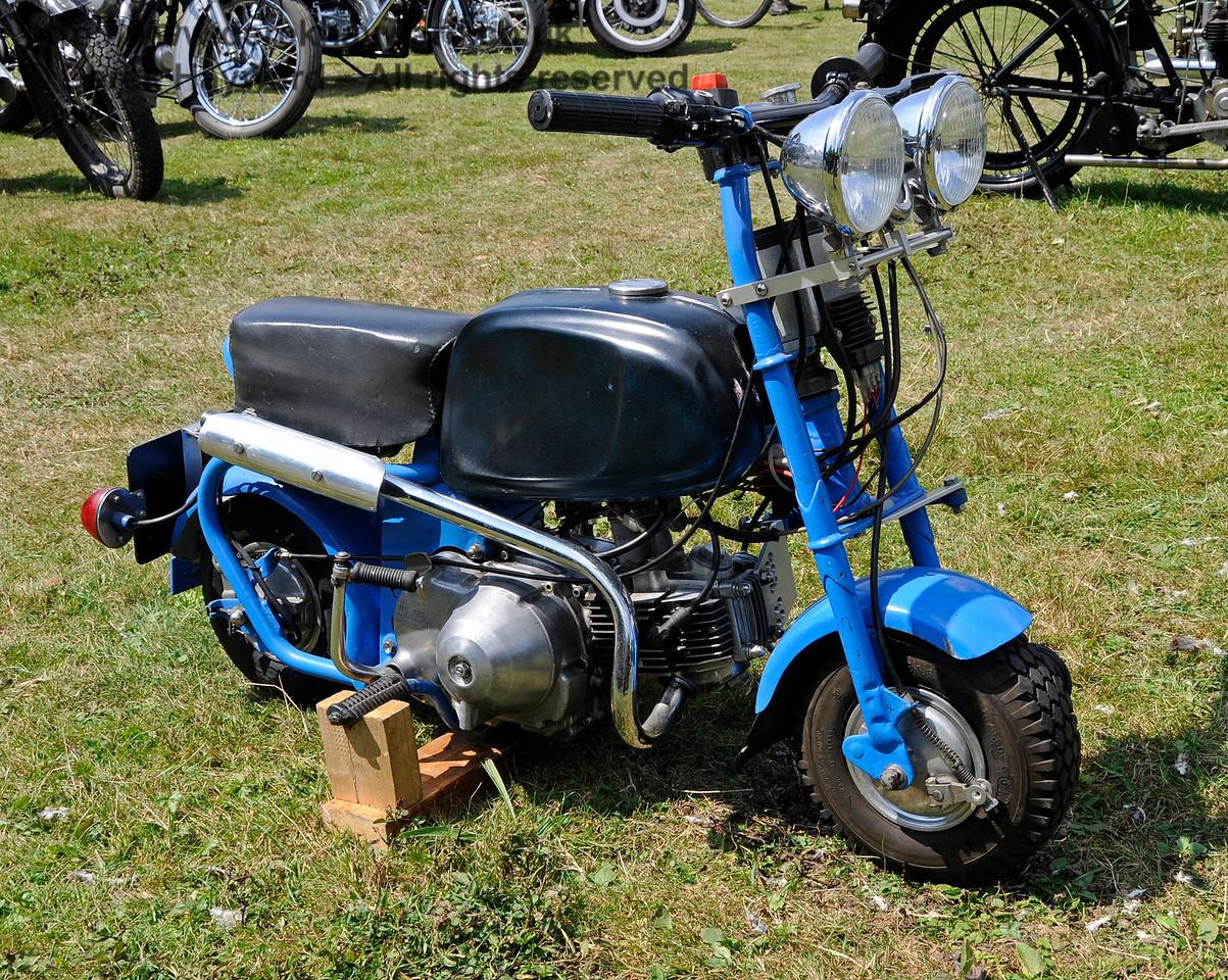 Vintage Transport Weekend, Horsted Keynes.  08.08.2015   13475