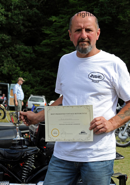 The award for best Pre-1947 Motor Cycle went to Mark Grainger (right) for his Aerial, ESU883.  Vintage Transport Weekend, Horsted Keynes.  09.08.2015  11884