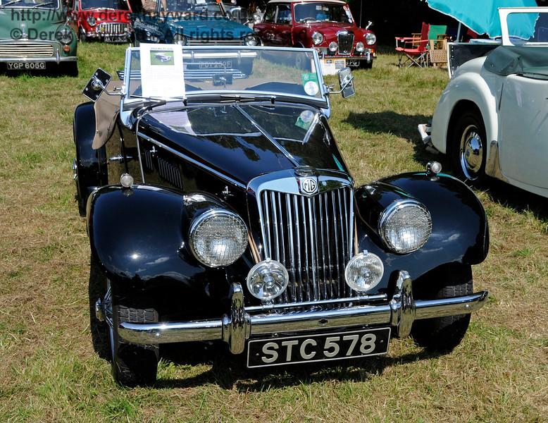 Vintage Transport Weekend, Horsted Keynes.  08.08.2015   13547