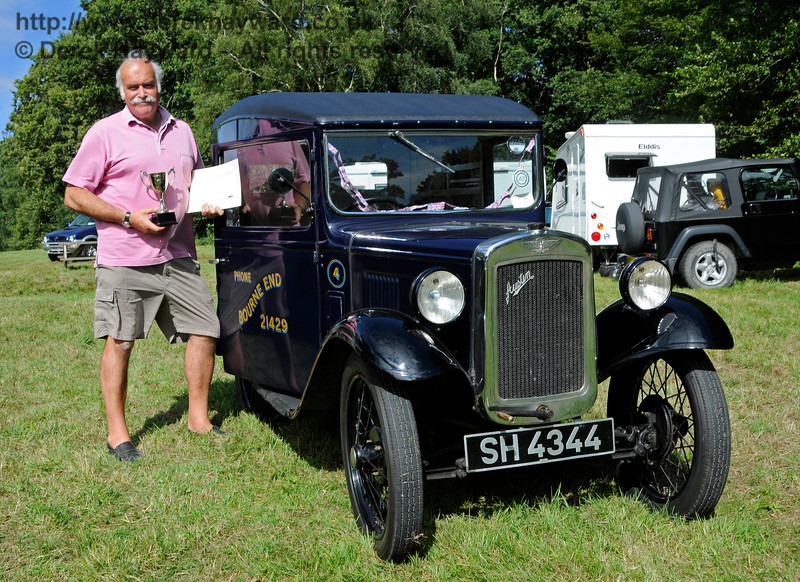 The award for Best Commercial Vehicle went to a Denhams Austin Van, SH4344, owned by Jeremy and Sue Thorpe.  Vintage Transport Weekend, Horsted Keynes.  09.08.2015  13695