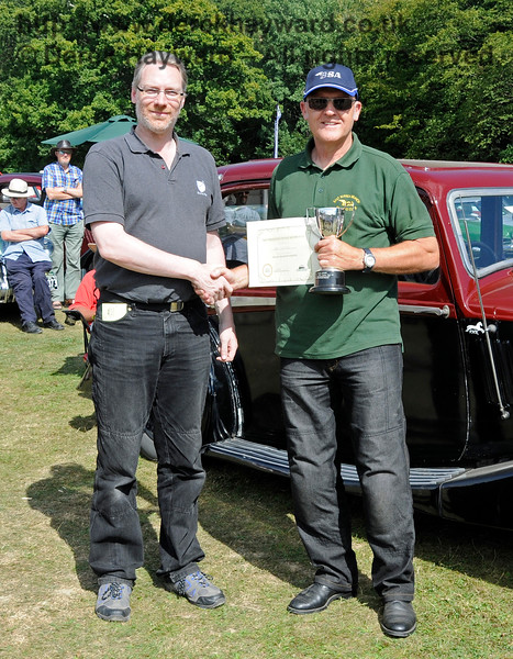 The award for best Post-1947 Motor Cycle went to Derek Ansell (right) for his BSA, 755JCG.  Vintage Transport Weekend, Horsted Keynes.  09.08.2015  13647