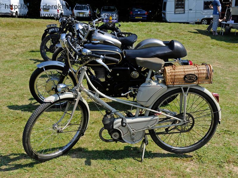 Vintage Transport Weekend, Horsted Keynes.  08.08.2015   13556