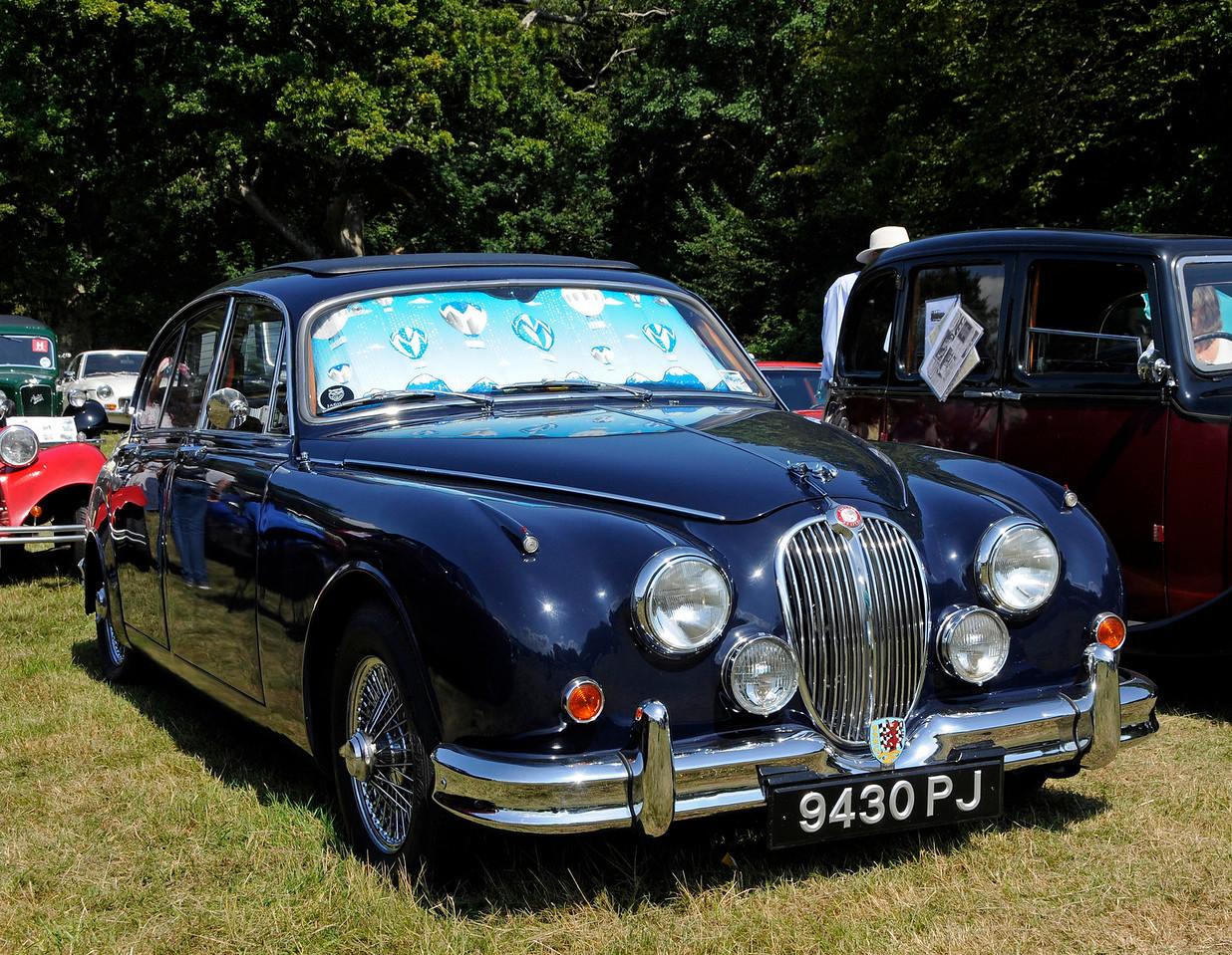 Vintage Transport Weekend, Horsted Keynes.  08.08.2015   13551