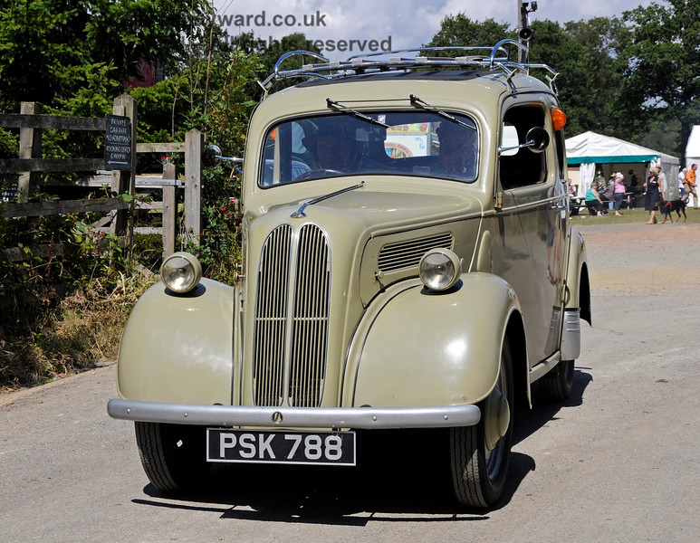 Vintage Transport Weekend, Horsted Keynes.  08.08.2015   13518