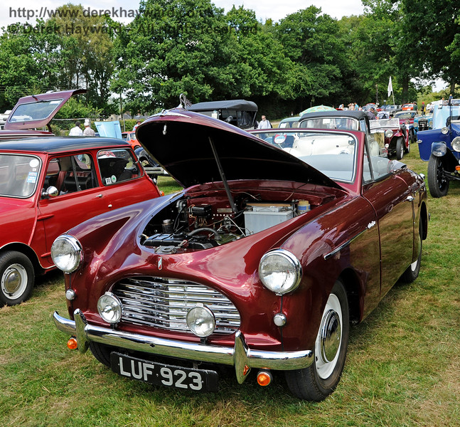 Best in Show was an Austin A40, LUF923, owned by George Jeary.  Vintage Transport Weekend, Horsted Keynes, 14.08.2016  16170