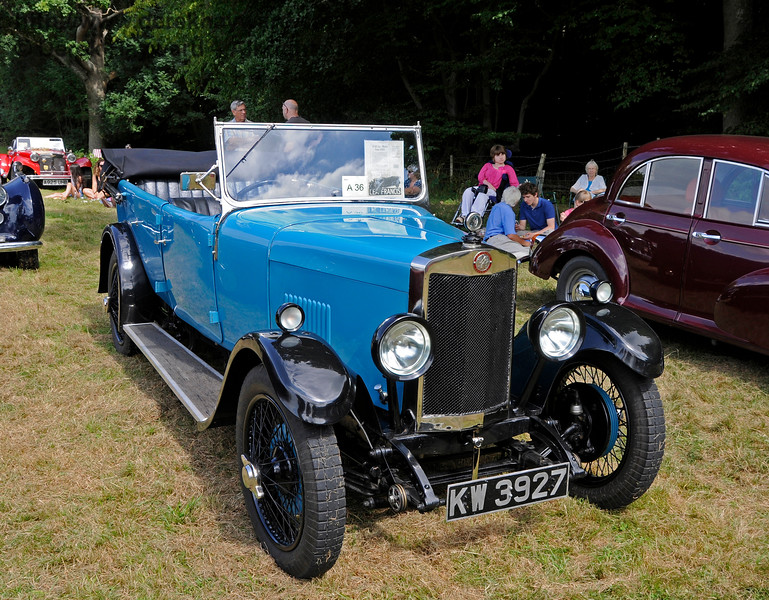 Best Pre-War Car was a Lea Francis, KW3927, owned by Geoff Elster.  Vintage Transport Weekend, Horsted Keynes, 14.08.2016  16174