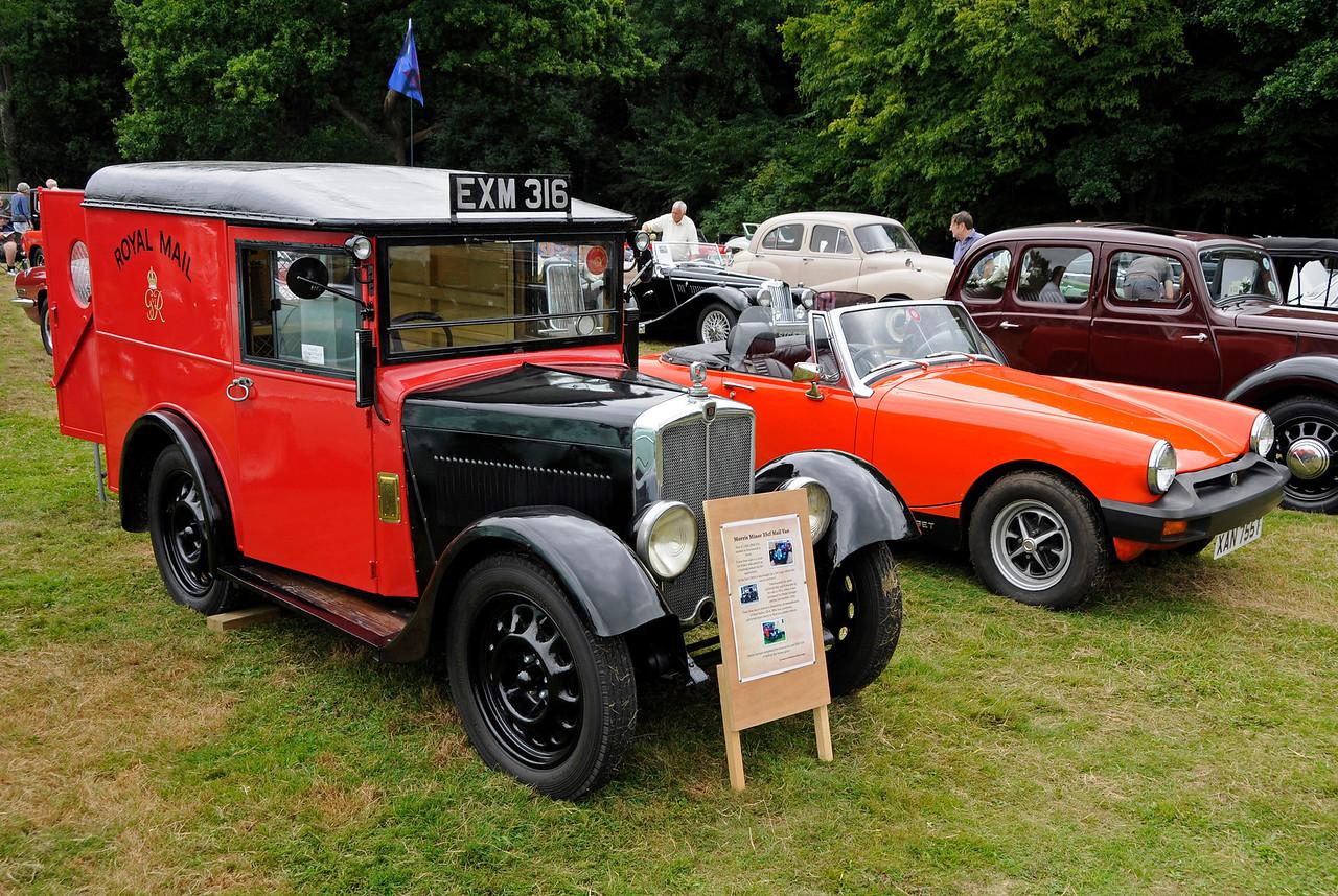 Best Commercial Vehicle was a Morris Minor 35CF Mail Van, EXM316, owned by Simon Grainger.  Vintage Transport Weekend, Horsted Keynes, 13.08.2016  16024