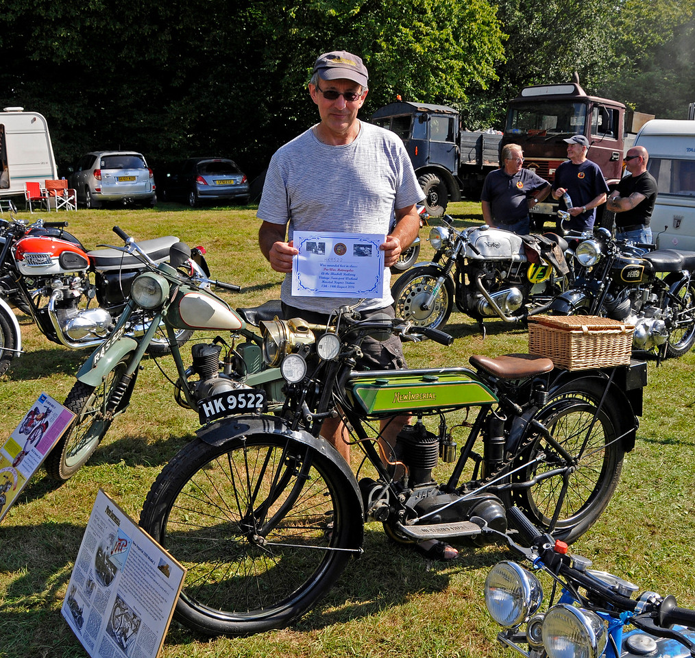 Best Pre-War Motor Cycle was a New Imperial, HK9522, owned by Peter Scott.  Vintage Transport Weekend, Horsted Keynes, 14.08.2016  16249